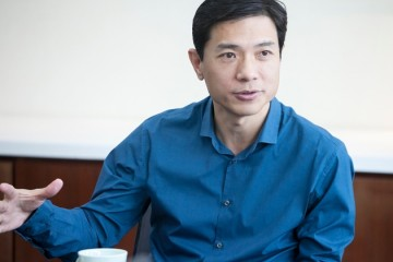 李彦宏两会提案谈新基建智能交通继续教育及个人隐私信息维护