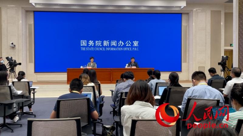 生态环境部部长报环保账环境持续改善厚植美丽中国绿色底色